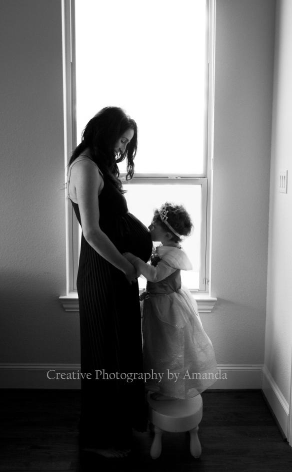 maternity - www.creativephotographybyamanda.com